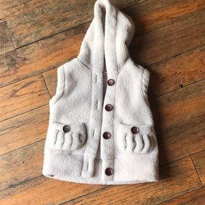 Esttae size 5 fleece button up vest